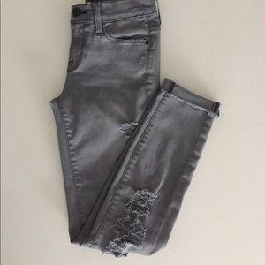 Frame Denim Skinny distressed Grey Jeans